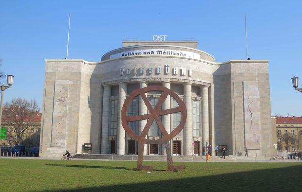 klassische-stadtfuehrung-berlin-volksbuehne