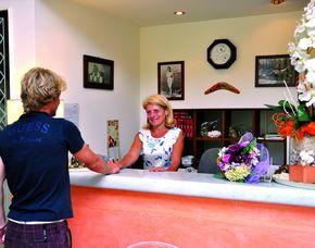 kurzurlaub-am-meer-lido-di-camaiore-lu-rezeption