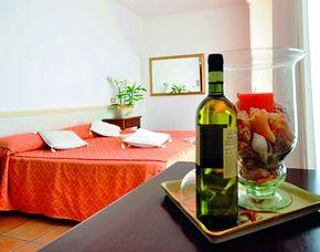 Kurzurlaub inkl. 30 Euro Leistungsgutschein - Hotel Sylvia - Lido di Camaiore (LU) Hotel Sylvia