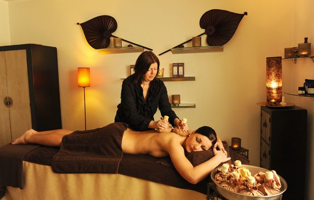 kraeuterstempelmassage-gronau-massage