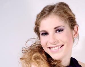 Professionelles Fotoshooting inkl. Make-Up, 1 Bild als Print, digital & Poster, ca. 1,5 Stunden