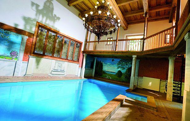 romantikwochenende-brodingberg-pool