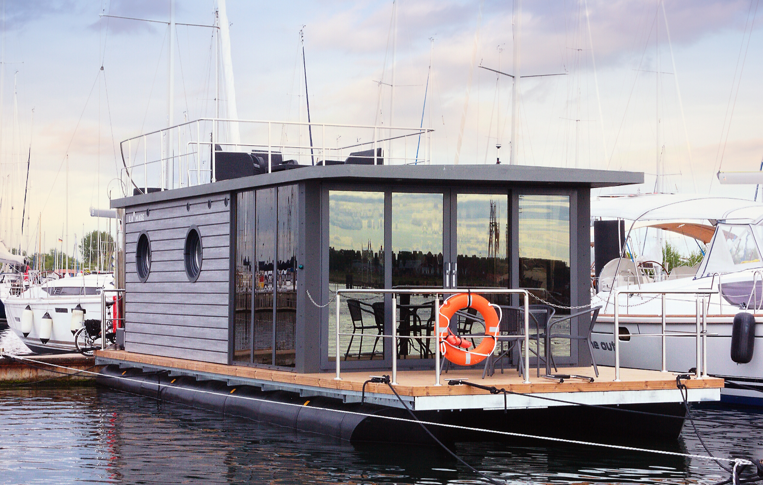 hausboot-uebernachtung-wendtorf-bg5