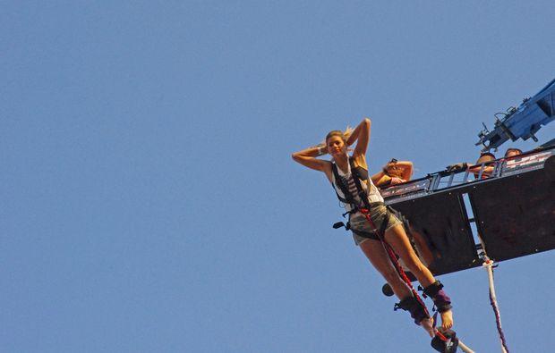 bungee-jumping-altenkirchen-berlin-essen-hamburg-hennef-olpe-jumping