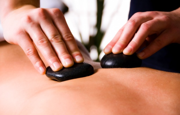 hot-stone-massage-seelze-bg3