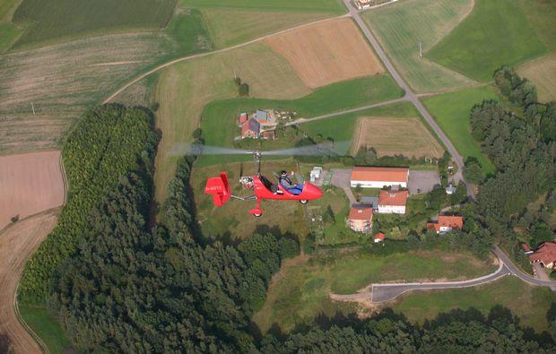 tragschrauber-rundflug-straubing-gyrocopter-rot-landschaftsblick-6