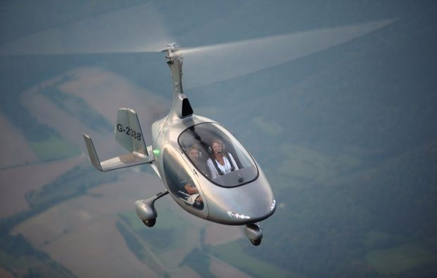 tragschrauber-rundflug-straubing-gyrocopter-silber