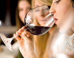 Wine & Dine 4-Gänge-Menü mit 7-8 Weinen