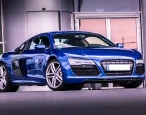Audi R8 Coupé V10 fahren - 1 Stunde ohne Instruktor R8 V10 Coupé - 70 Minuten ohne Instruktor