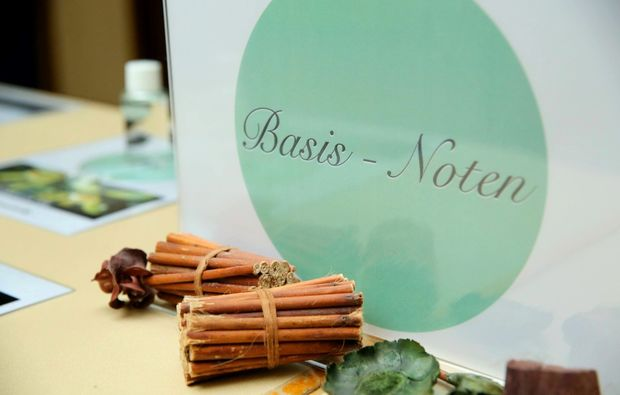 parfum-selber-herstellen-mannheim-basis-noten