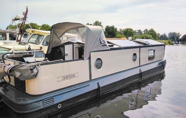 hausboot-uebernachtung-hamburg-bg2