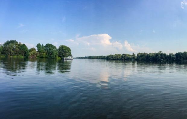 hausboot-uebernachtung-hamburg-bg7