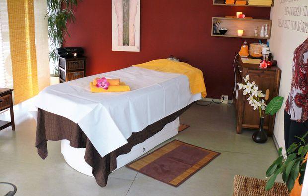 lomi-lomi-massage-dresden-wellness