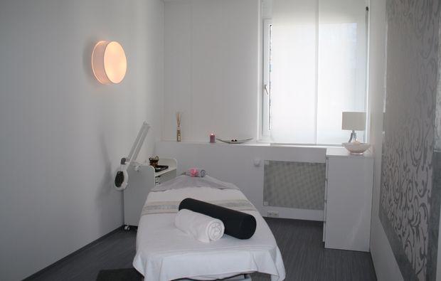 kraeuterstempel-massage-muenchen