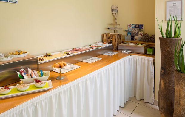 kurzurlaub-bretten-buffet