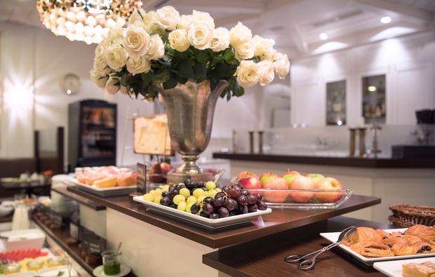 traumtag-fuer-zwei-berlin-mondial-fruehstueck-buffet