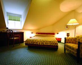 Kurzurlaub inkl. teilweise Leistungsgutschein - Hotel Haus Duden Wesel - Wesel am Rhein nahe Duisburg Hotel Haus Duden Wesel