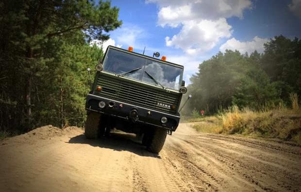 truck-fahren-mahlwinkel-manoevrieren