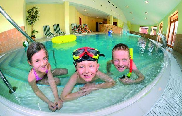 kurzurlaub-malatny-schwimmbad