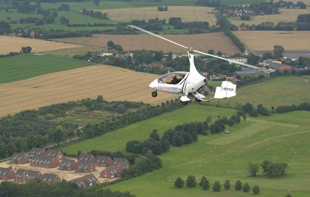 tragschrauber-rundflug-dahlem-acker