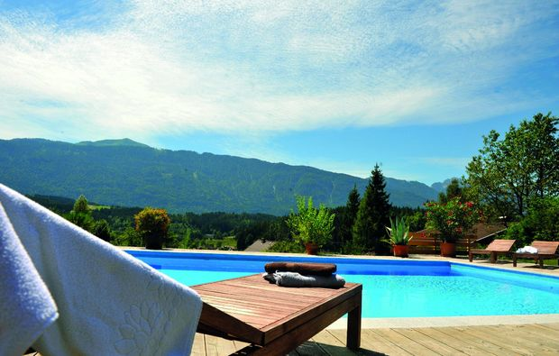 romantikwochenende-hermagor-pool