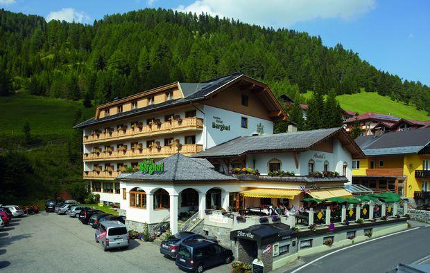 zauberhafte-unterkuenfte-innerkrems-hotel