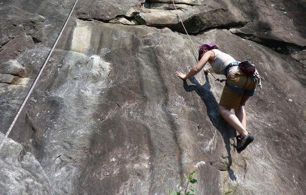 canyoning-tour-reutte-steil-klettern