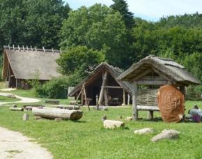 Außergewöhnlich Übernachten im sleeperoo Cube - 1 ÜN (Preis B - Fr/So) - Steinzeitpark Dithmarschen - Albersdorf im sleeperoo Cube - inklusive Chillbox - Steinzeitpark Dithmarschen