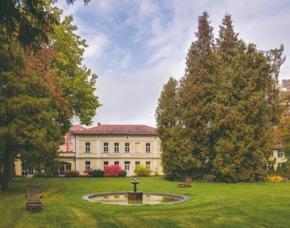 Außergewöhnlich Übernachten im sleeperoo Cube - 1 ÜN (Preis A - Sa) - Bad Reichenschwand im sleeperoo Cube - inklusive Chillbox - Schloss Reichenschwand