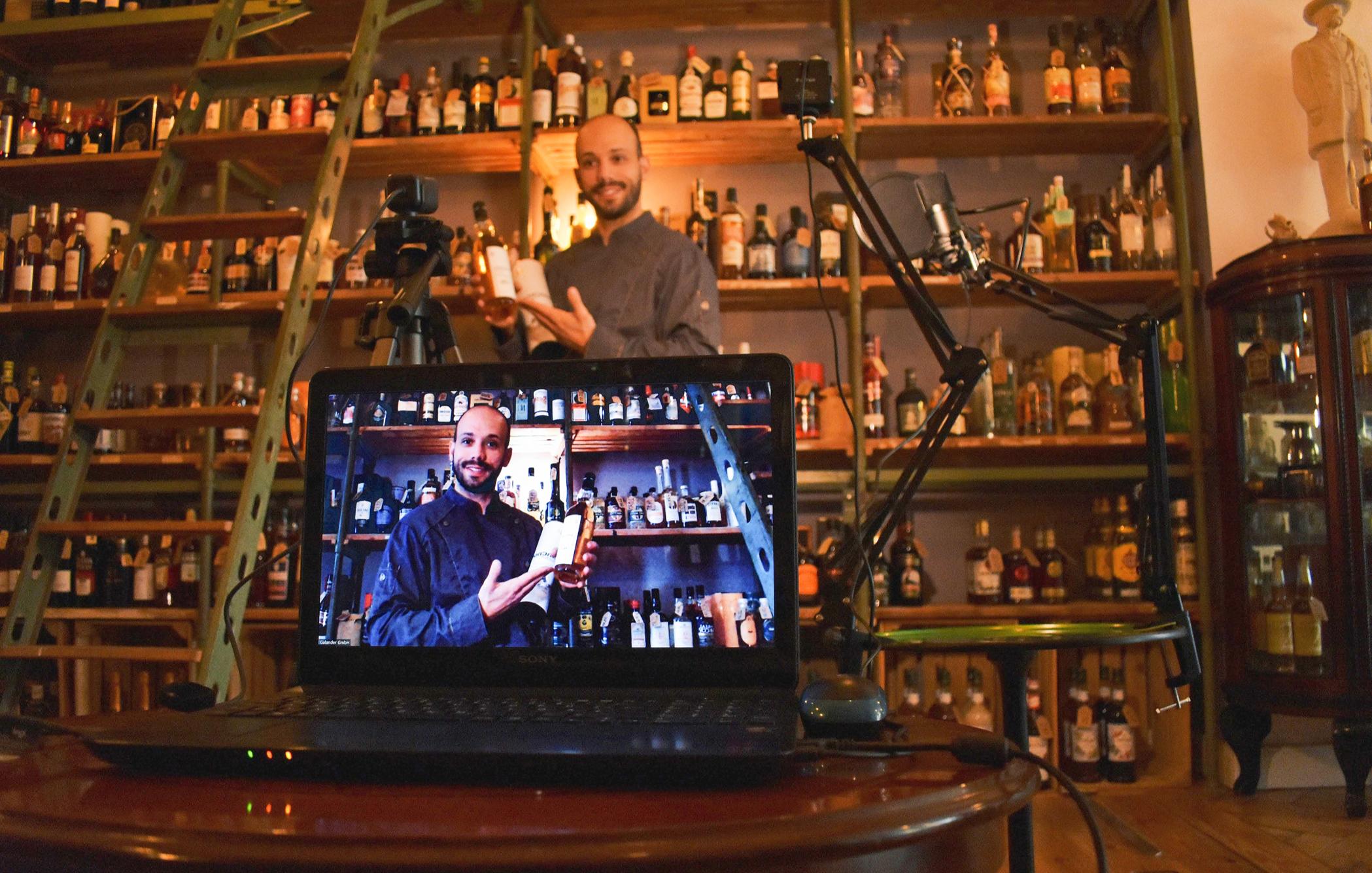 gin-tasting-online-bg1