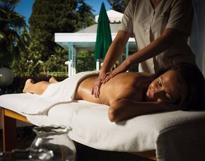 Wellness-Wochenende Deluxe - 2 ÜN - Levico Terme Grand Hotel Imperial - 4-Gänge-Menü, Massage