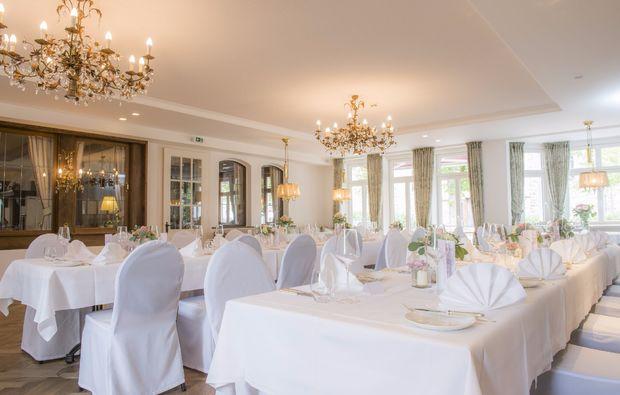 romantikwochenende-schmallenberg-festsaal