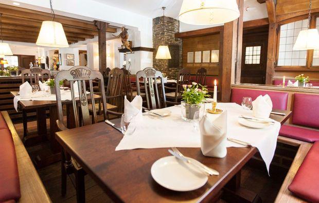 romantikwochenende-schmallenberg-restaurant
