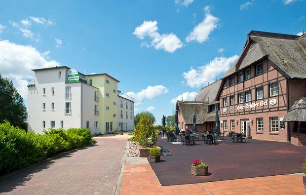 kurzurlaub-meer-gross-stroemkendorf-hotel