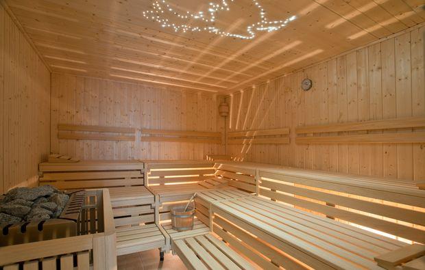 kurzurlaub-meer-gross-stroemkendorf-sauna