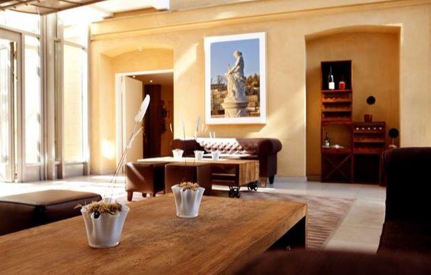 fruehstueckszauber-fuer-zwei-potsdam-lounge