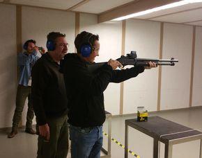 Schießtraining - Lang- und Kurzwaffen - Sternenfels Schießtraining mit Pistolen, Gewehren - 1 Stunde