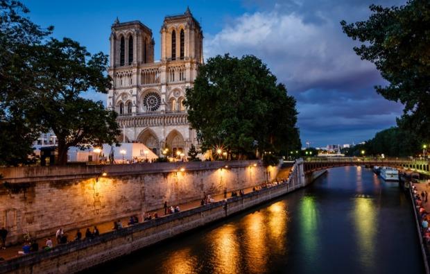 erlebnisreise-paris-notre-dame