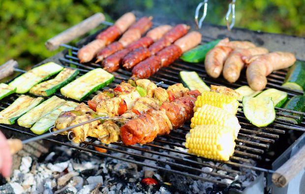 streetfood-grillkurs-wiesbaden-wuerstchen-mais