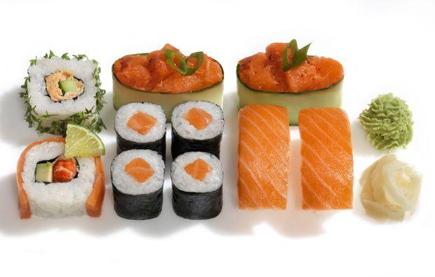 sushi-kochkurs-fuer-zwei-frankfurt-am-main-lachs