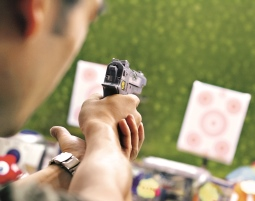 Schießsport für Jedermann Schießtraining mit Pistolen, Gewehren -  2,5 Stunden