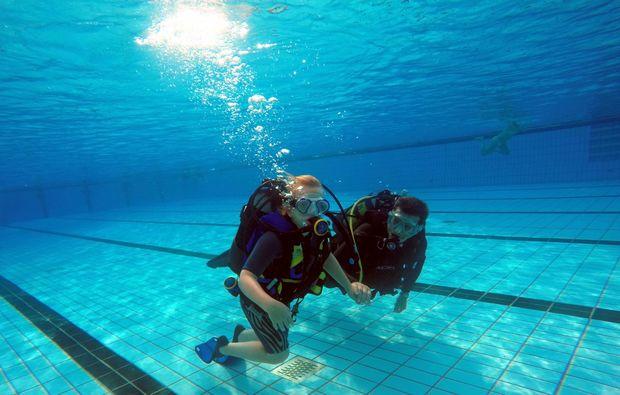 tauchschnupperkurs-zellingen-diving-side-by-side-snapshot