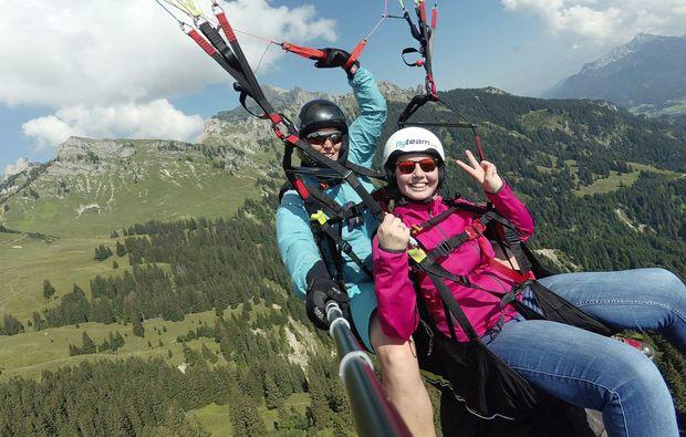 gleitschirm-tandemflug-reutte-flug