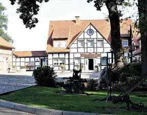 Kuschelwochenende (Voyage d´Amour für Zwei)   Kirchdorf Landhotel Baumann's Hof - 3-Gänge-Menü, Romantikbad