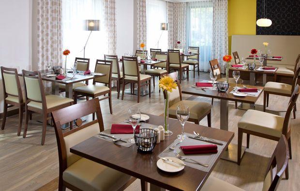 staedtereise-budapest-restaurant