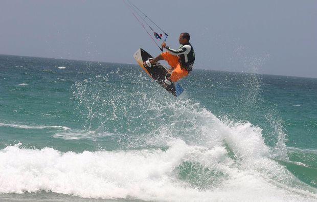 kitesurfen-oostvoorne-surfen