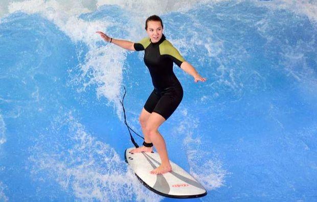 indoor-surfen-muenchen-taufkirchen-balance