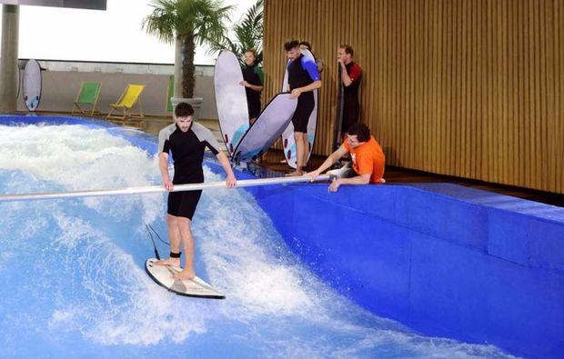 indoor-surfen-muenchen-taufkirchen-training