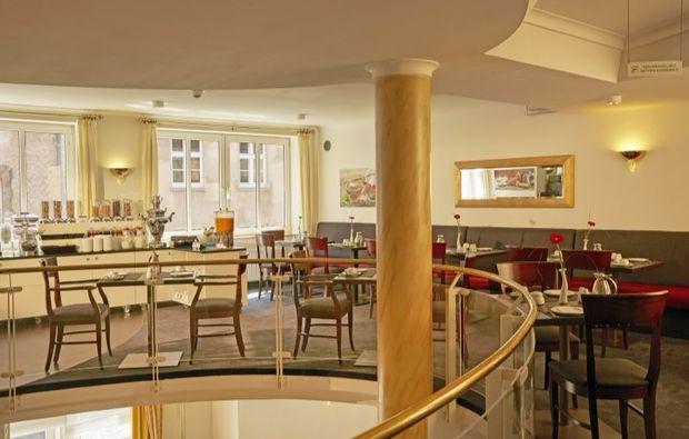 kurztrip-stade-restaurant-fruehstueck
