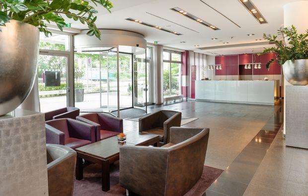 kurzurlaub-duesseldorf-lobby